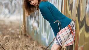 Women Model Urban Women Outdoors Graffiti Brunette Long Hair 1120x1680 Wallpaper