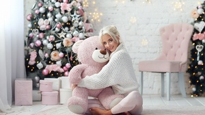 Blonde Christmas Girl Model Smile Stuffed Animal Teddy Bear Woman 1920x1280 Wallpaper