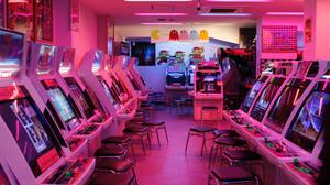 Pink Retrowave Arcade Vintage Video Games 5184x2912 Wallpaper