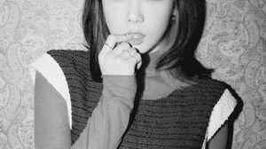 Kim Tae Yeon SNSD Taeyeon Kim Taeyeon Girls Generation SNSD Monochrome 2000x2800 Wallpaper