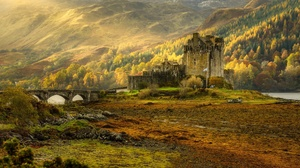 Castle Eilean Donan Castle Fall Landscape Scotland Sunbeam 2048x1152 Wallpaper