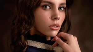 Max Pyzhik Women Maria Rykova Brunette Shoulder Length Hair Wavy Hair Portrait Makeup Lip Gloss Part 1728x2160 Wallpaper