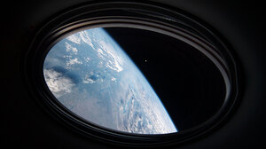 Earth Space Atmosphere Moon ISS 5568x3712 Wallpaper