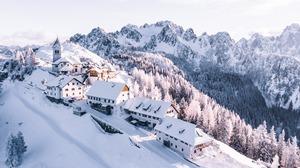 House Lodge Mountain Snow 4002x2251 Wallpaper