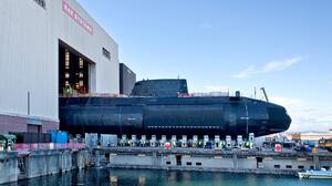 Military Royal Navy Submarine 2000x1342 Wallpaper