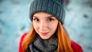 Brown Eyes Girl Hat Model Redhead Smile Woman 2560x1440 Wallpaper