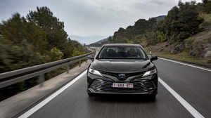 Car Compact Car Silver Car Toyota Toyota Camry Vehicle 4096x2734 Wallpaper