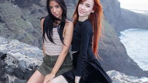 Women Model Women Outdoors Latinas Dark Hair Redhead Long Hair Nature Smiling 2500x1667 Wallpaper