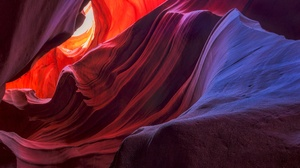 Antelope Canyon Rock 2048x1302 Wallpaper