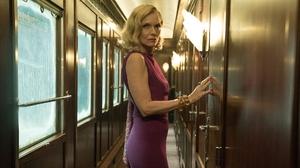 Michelle Pfeiffer Murder On The Orient Express 2000x1076 wallpaper