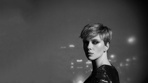 Actress American Black Amp White Scarlett Johansson Short Hair 5120x2880 Wallpaper