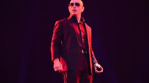 American Armando Christian Perez Man Pitbull Singer Rapper Singer 2000x1329 Wallpaper