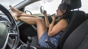 Kaslito Cerosua Legs Crossed Feet Car Interior Lipstick Mirror Sitting In The Car Legs Barefoot Mode 1920x1080 Wallpaper