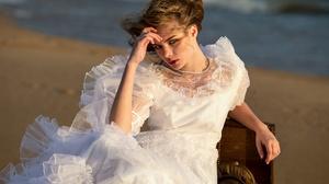 Girl Model White Dress Woman 2000x1333 Wallpaper