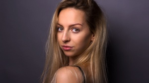 Woman Girl Face Blonde Hazel Eyes 5646x3764 Wallpaper