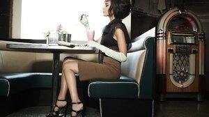 Actress Brunette Gal Gadot Israeli Jukebox Vintage 2560x1707 Wallpaper