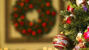 Christmas Ornaments Bauble Christmas Tree 2560x1835 wallpaper