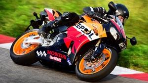 Honda Cbr600rr Motorcycle 3162x1713 wallpaper