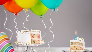 Balloon Birthday Cake Celebration 5760x3840 Wallpaper