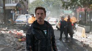 Avengers Infinity War Benedict Cumberbatch Iron Man Robert Downey Jr Stephen Strange Tony Stark 2047x1080 Wallpaper